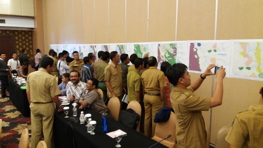 Peta Indikatif Arahan Perhutanan Sosial Provinsi Sumatera Barat Segera di Finalisasi