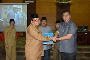 Gubernur Sampaikan Nota Pengantar RAPBD Sumbar Tahun 2017