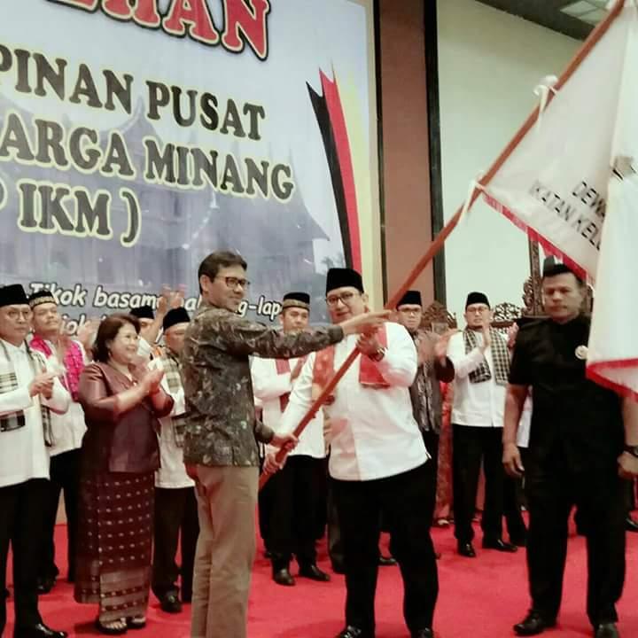 Gubernur Irwan Prayitno Kukuhkan Kepengurusan DPP IKM