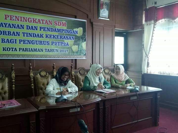Ibu Nevi Irwan Prayitno Melakukan Pembinaan P2TP2A di Kota Pariaman