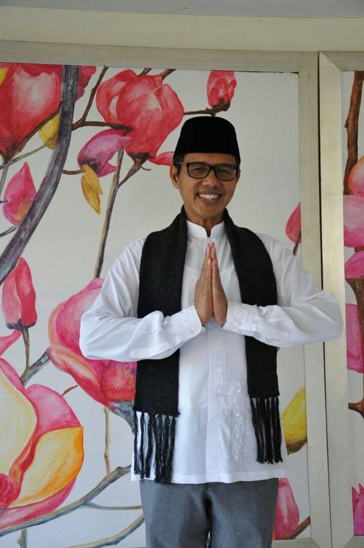 Gubernur Sumatera Barat Mengadakan Festival Pantun Spontan