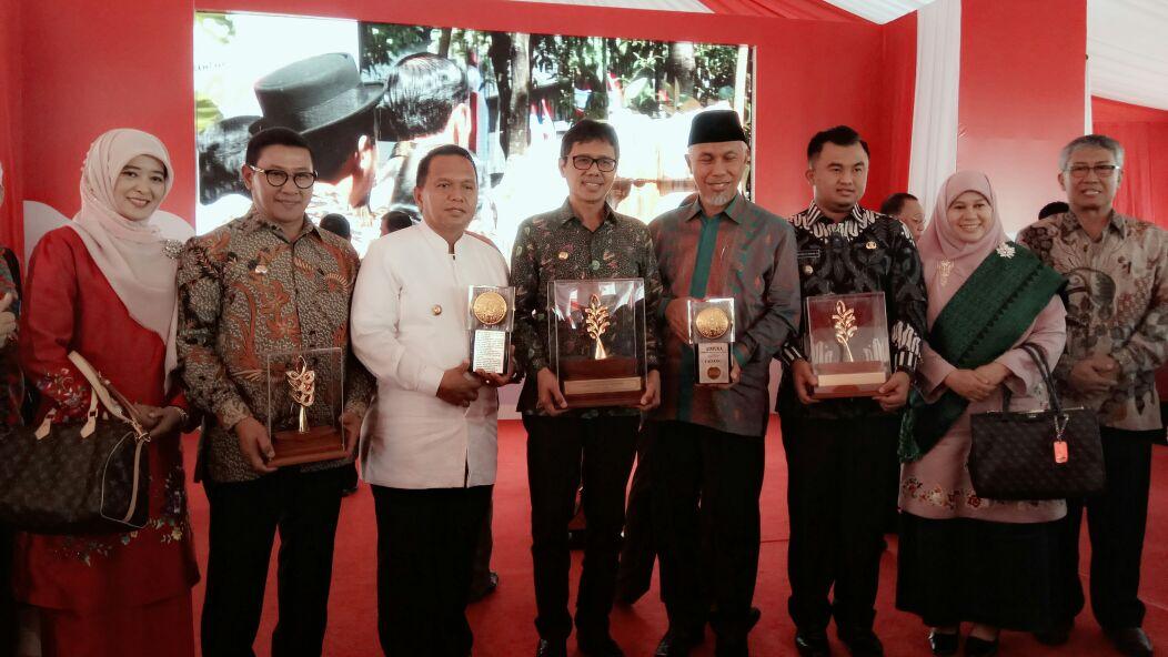 9 (Sembilan) Kota Sumatera Barat Meraih Penghargaan Adipura Tahun 2017