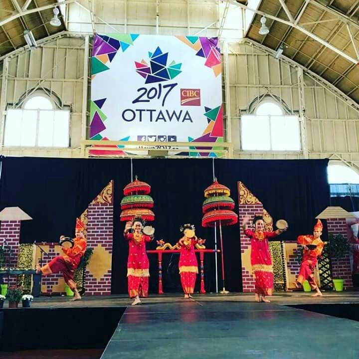 Gubernur Irwan Prayitno: Penampilan Tim Kesenian Sumbar Memukau Penonton di Canada
