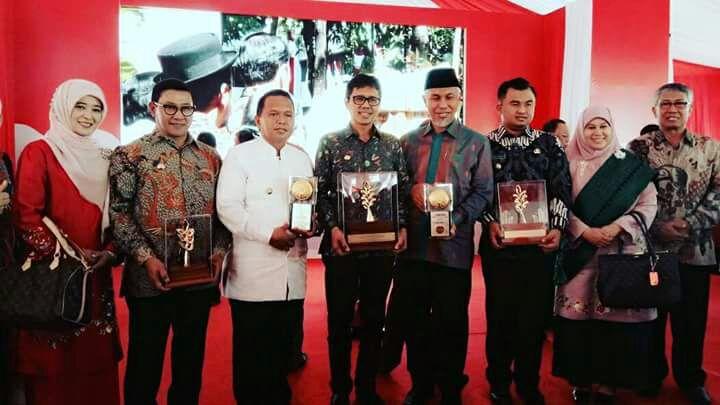 Gubernur Sumatera Barat Terima Penghargaan Nirwasita Tantra 2017
