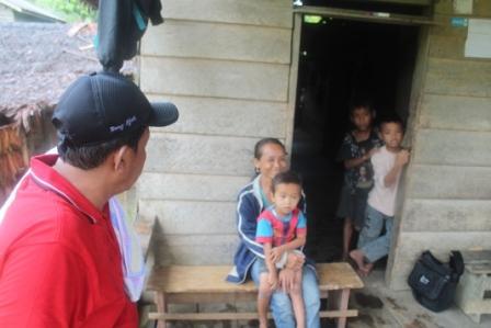 Kunjungan Tim Dinas Sosial ke Mentawai