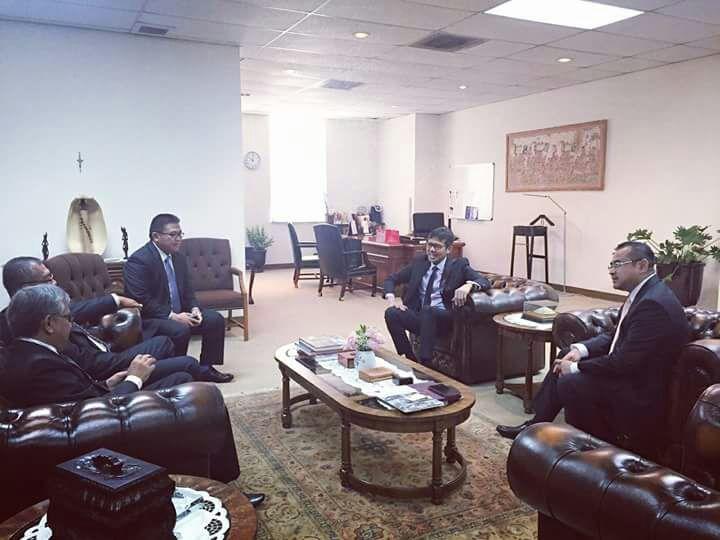 Rombongan Gubernur Sumbar Kunjungi Konsulat di LA