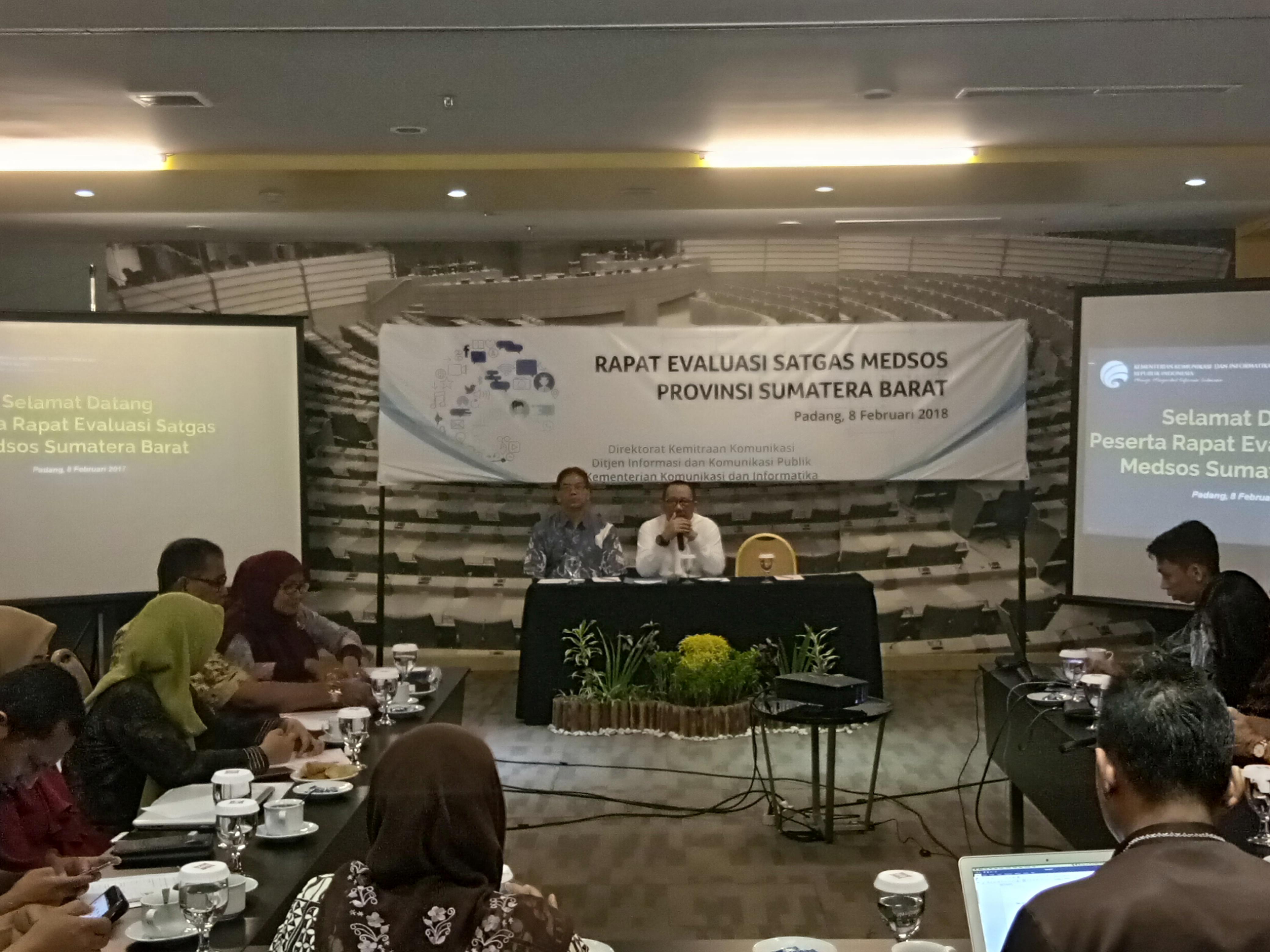 Rapat Evaluasi Satgas Medsos Provinsi Sumatera Barat