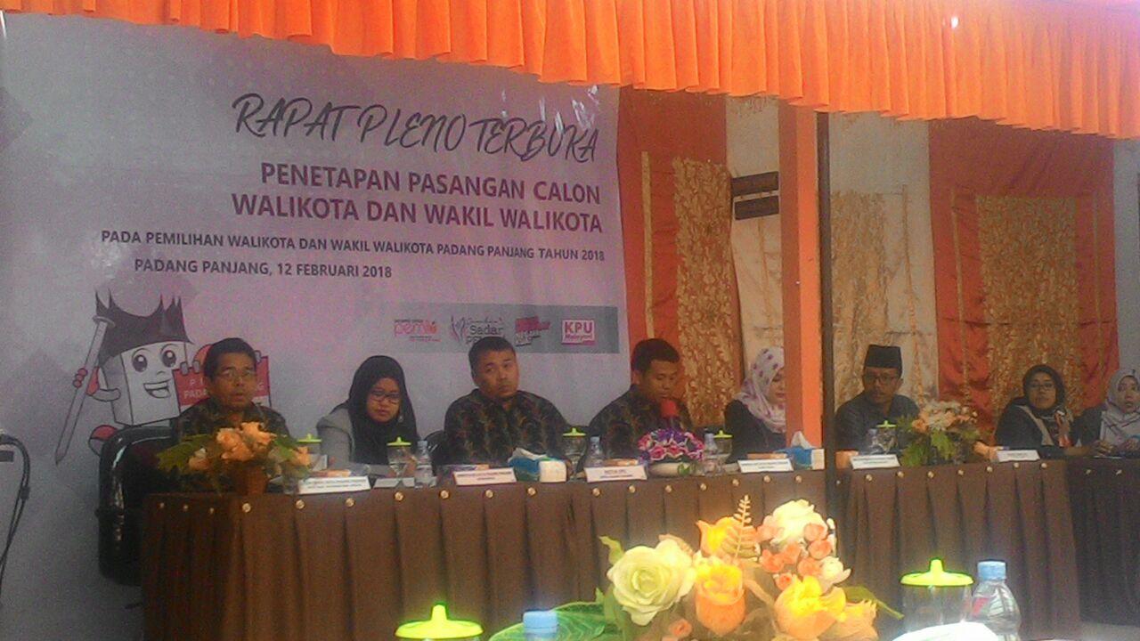KPU Kota Padang Panjang Gelar Pleno Terbuka