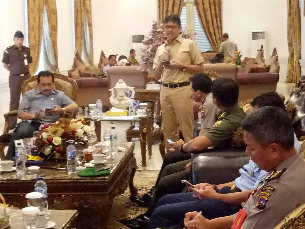 Gubernur Irwan Prayitno : Mari Kita Jaga Keamanan Daerah Untuk Sukses Pilkada di Sumbar.