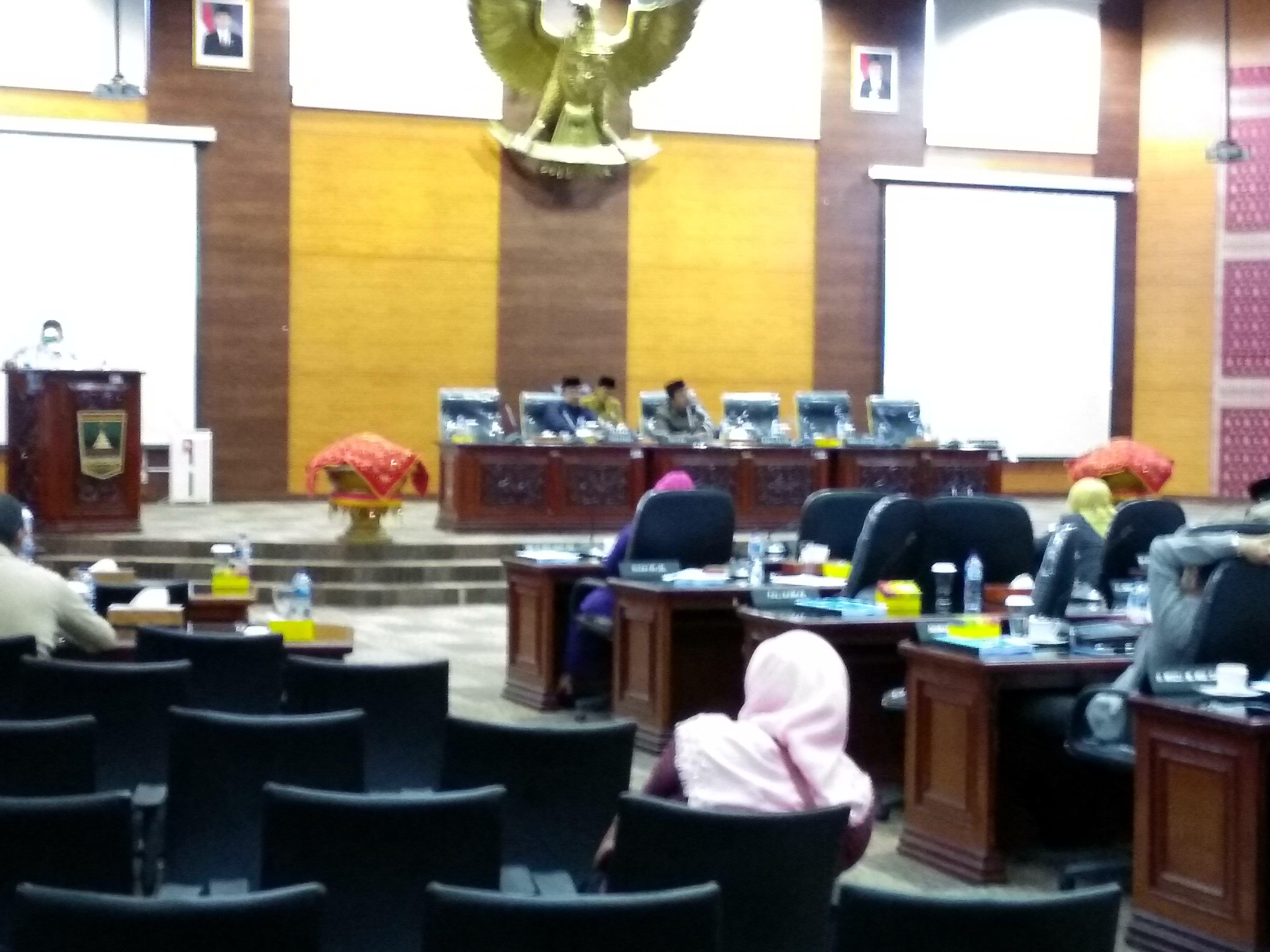 DPRD Sumatera Barat Tetapkan Komposisi AKD