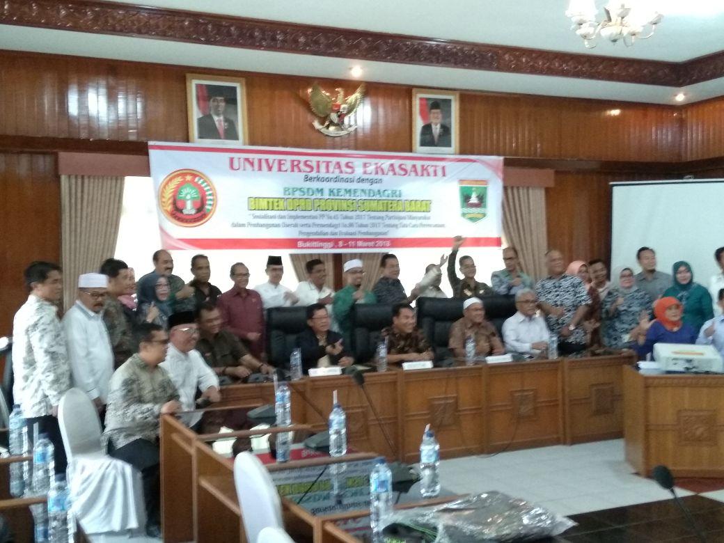 Bimtek DPRD Sumbar Dalami Peningkatan Partisipasi Masyarakat Dalam Pembangunan