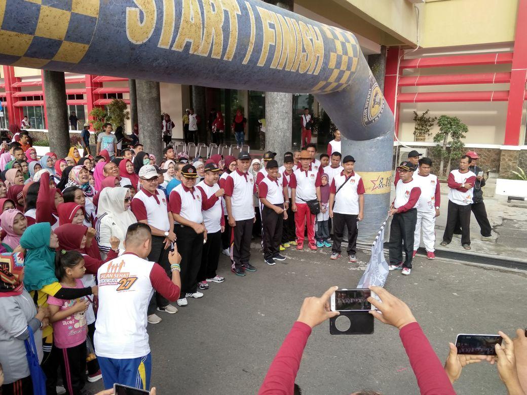 KPU Padang Gelar Jalan Sehat