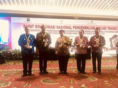 Sumatera Barat Terima Penghargaan Terbaik I TPID se Indonesia
