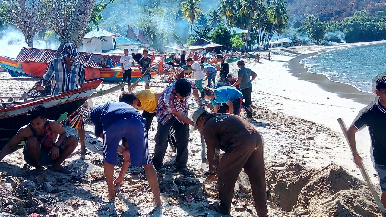 Kebersihan Pantai Harus Selalu Dijaga