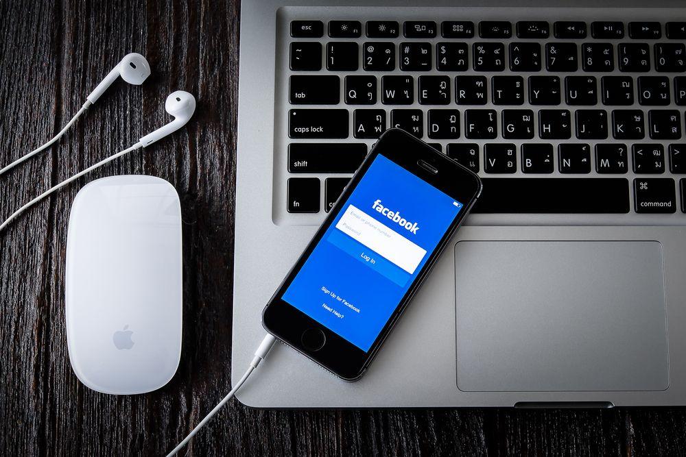 Media Sosial dan Biaya Lobi