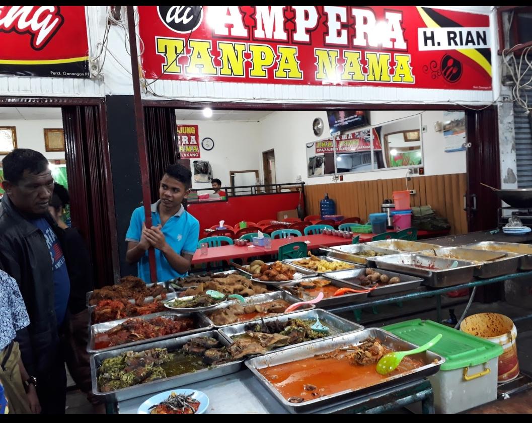 Nikmat Makan Di Pasar Kuliner Padang Panjang