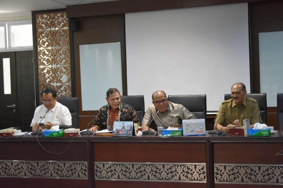 Komisi III Bakal Lakukan Kajian BUMD Sumbar