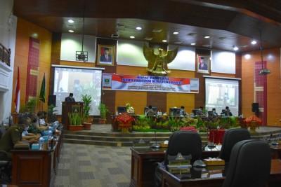 DPRD Sumbar Umumkan Usulan Pemberhentian Gubernur dan Wakil Gubernur