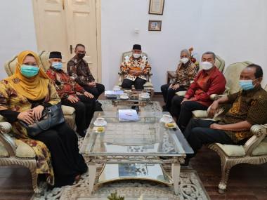 Gubernur Mahyeldi Terima PKM di Istana