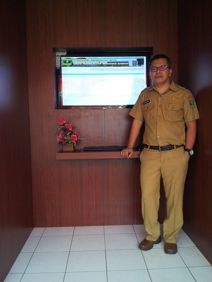 Peningkatan pellayanan publik dengan fasilitas informasi SPP, SPM dan SP2D di DPKD Provinsi Sumbar