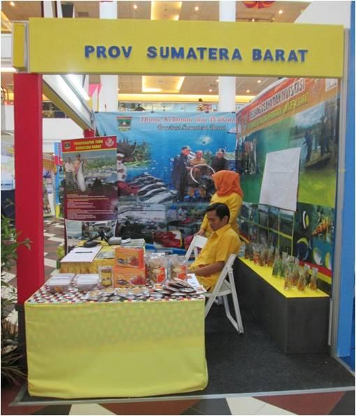 PAMERAN PROMOSI USAHA DAN INVESTASI DALAM RANGKA INDONESIAN INVESTMENT MARINE AND FISHERIES EXPO  MEGA MALL BATAM CENTRE