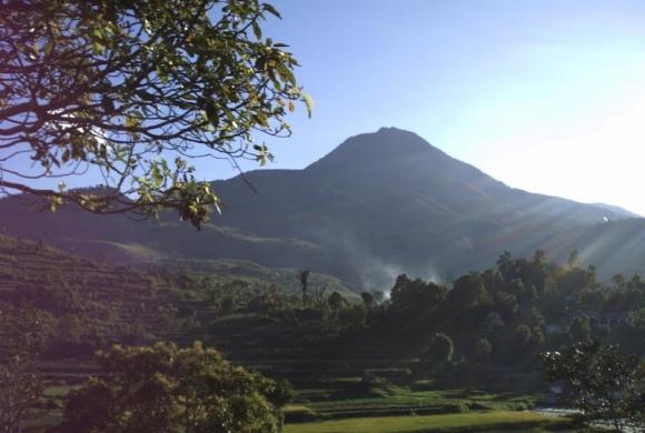 Sejarah Aktifitas Gunung Talang